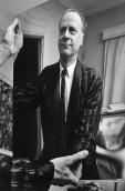Marshall_McLuhan_holding_a_mirror
